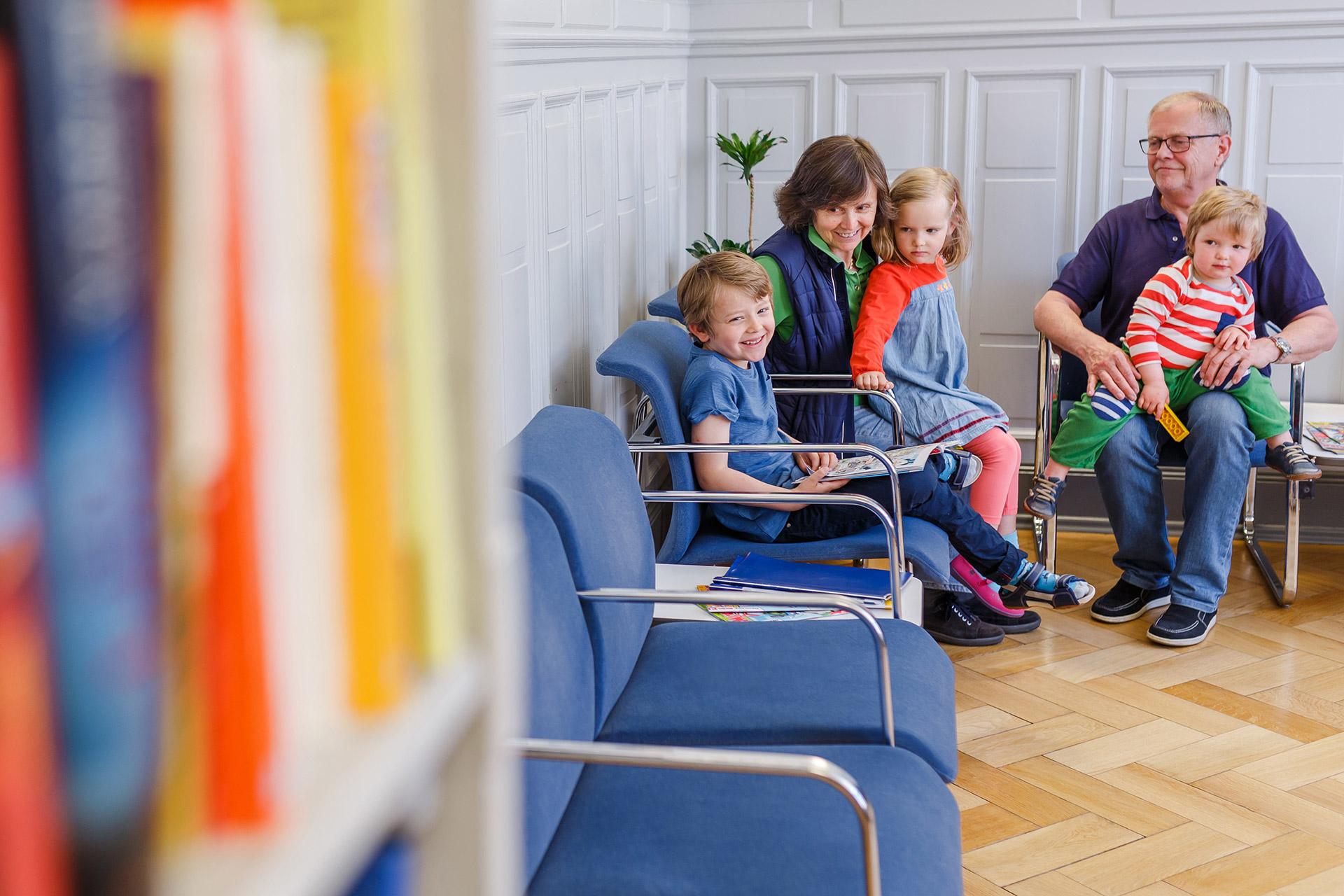 medizinische versorgungszentren in l beck in vebidoobiz finden. Black Bedroom Furniture Sets. Home Design Ideas